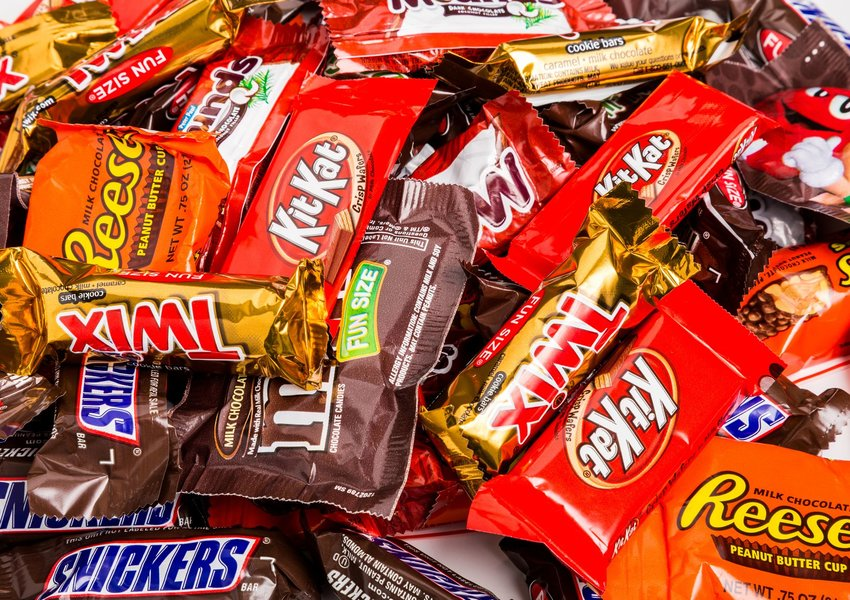 Most popular candy bars of all time | Trivia Genius Blog