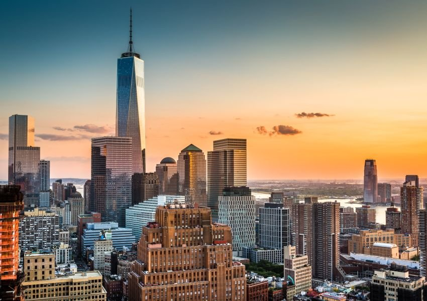 Photo of New York City skyline with One World Trade Center prominently in focus