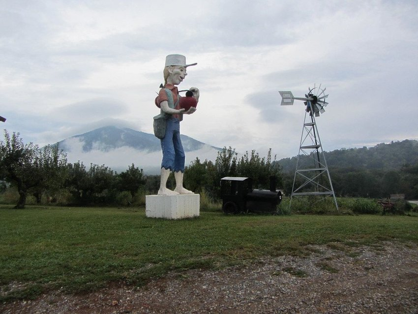 Statue of Johnny Appleseed, Bedford County, VA