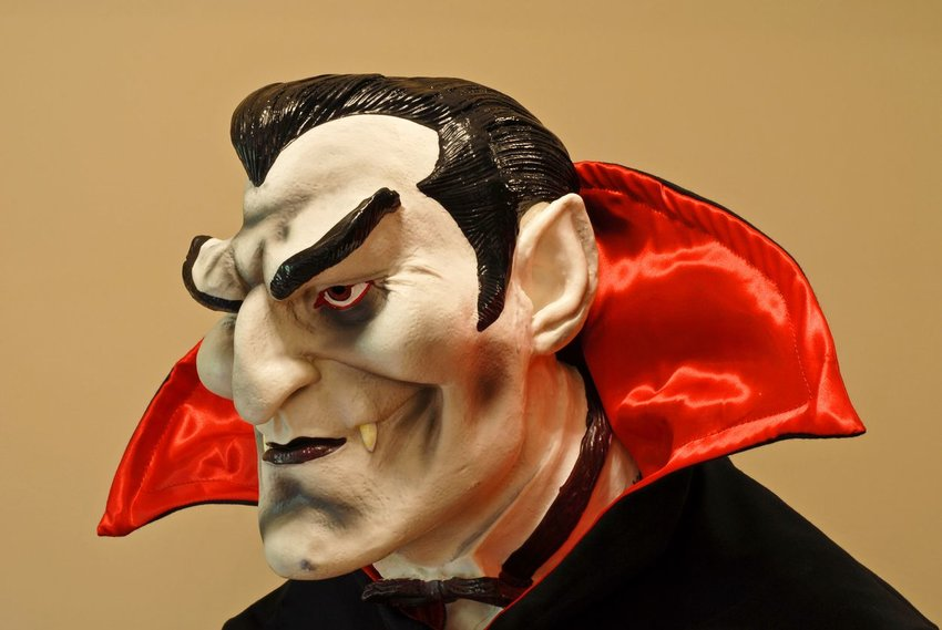 Photo of a cartoonish-looking vampire statue