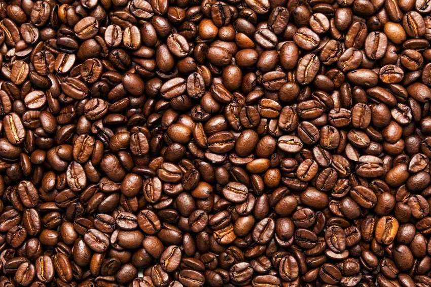 Large pile of coffee beans showing lines and detailed textures