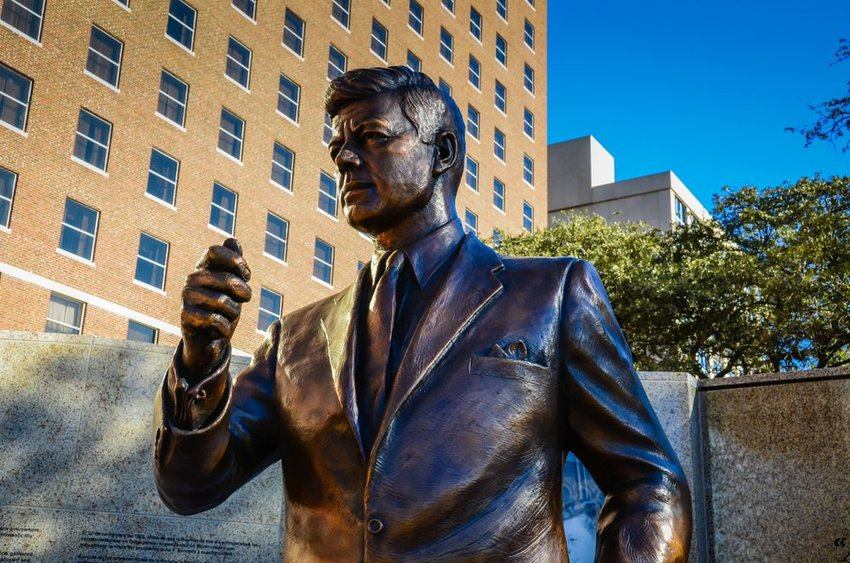 Bronze statue of President John F. Kennedy in Fort Worth, Texas