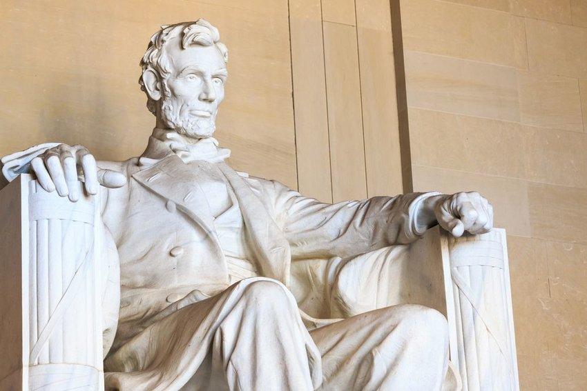 Abraham Lincoln monument in Washington, DC