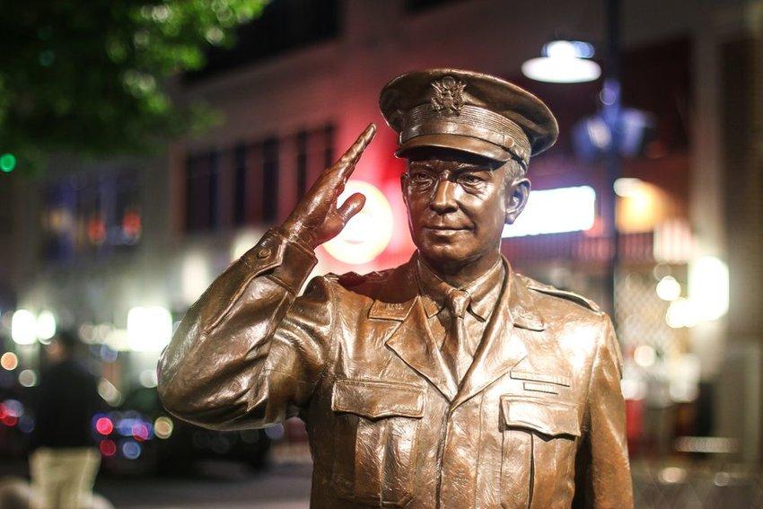 A statue of president Dwight D. Eisenhower