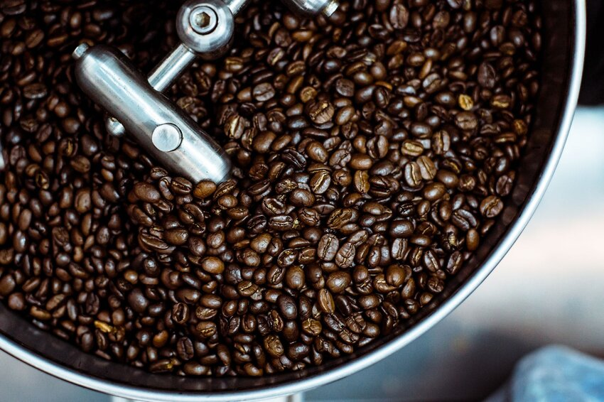 What's the Difference Between Light, Medium, and Dark Coffee Roasts?
